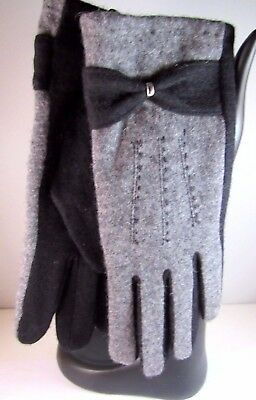 Pia Rossini Charcoal Gray Black With Bow Gloves One Size NWT Warm Soft and Cozy