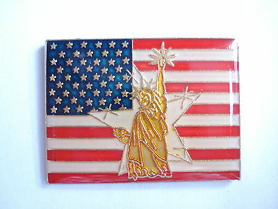 99p SALE RARE VINTAGE USA ARMY AMERICAN FLAG STATUE OF LIBERTY OLD WAR PIN BADGE