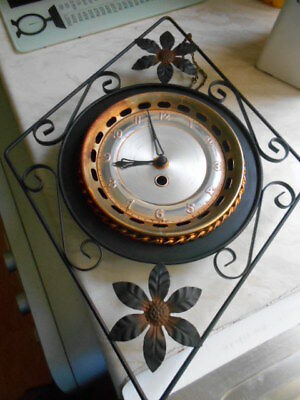 bentima clock for spares/repairs) no key!!!!