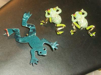 3 FROGS TOAD LOT 2 ARTICULATED LEGS RED EYES BROOCH PIN ENAMEL Vintage Jewelry