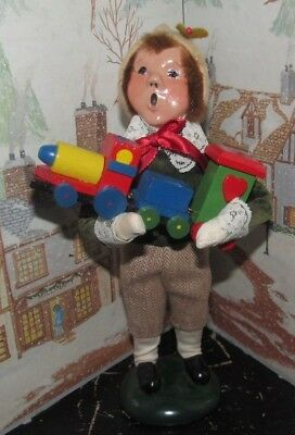 Byers Choice Caroler Victorian Boy with Toy Train 1988   *