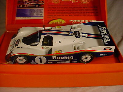 slot it cw04 porsche 956c 1 rothmans le mans winner 1986 mb picclick uk. Black Bedroom Furniture Sets. Home Design Ideas