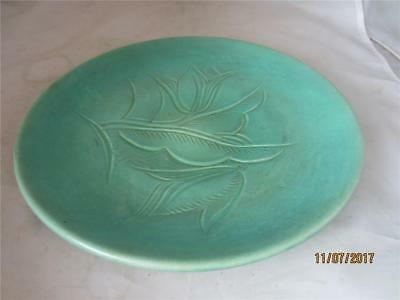 C1930 Susie Cooper Incised Green Plate