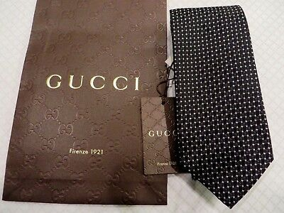 NEW  ,TAG 100% Authentic GUCCI Silk Men's  Tie / With Gucci paper bag