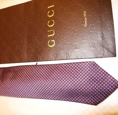 NEW  TAG 100% Authentic GUCCI  seta Silk Men's Tie / With Gucci Gift bag