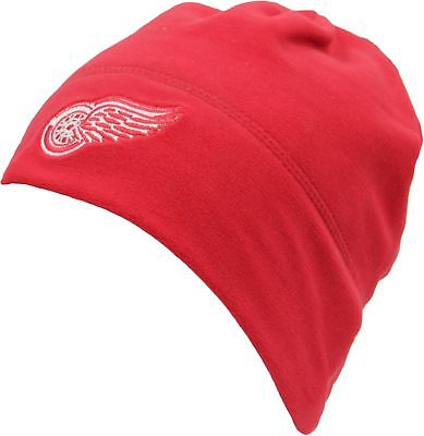 Mitchell & Ness Detroit Red Wings Fleece Beanie Hat - Red