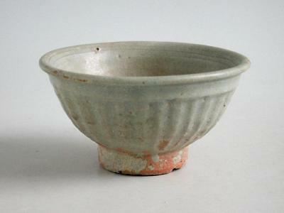 Thai 14th - 15th Century Celadon Glazed Stoneware Bowl
