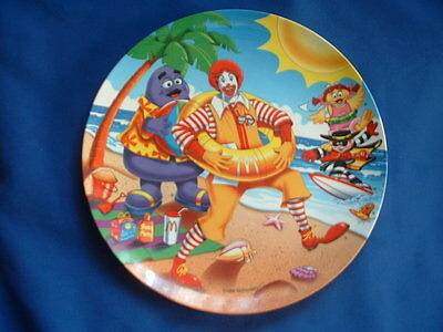 1998 McDonald Plate - Ronald and friends at the Beach