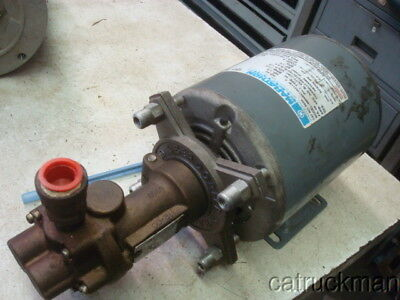 2 GPM, 1/3 HP Oberdorfer, Gear Pump  Has been used for oil transfer