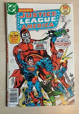Giant Justice League of America #141 VF/NM Bronze Age Comic Uncurculated
