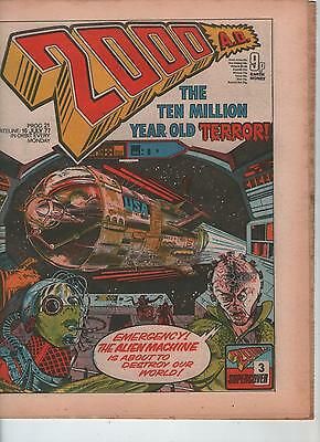 2000AD PROG. # 21 - JUDGE DREDD, SHAKO, DAN DARE, INVASION ( 16th JULY 1977 )