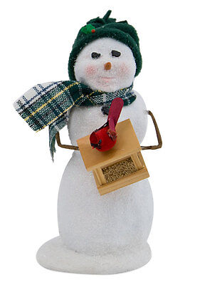 Byers Choice Caroler Large Snowman w/Cardinal on Bird Feeder 2017 Design Cute!