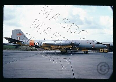 35mm Kodachrome Aircraft Slide - EE Canberra TT18 WK124 - TARGET TUG - Aug 1973
