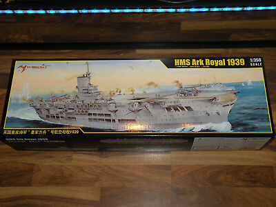 Merit 65307 HMS Ark Royal 1939 in 1:350