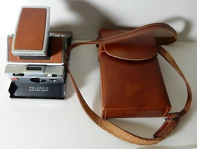 VINTAGE POLAROID SX-70 TAN INSTANT LAND CAMERA with case