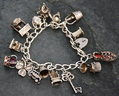 "Nice Vintage 925 Sterling Solid Silver 7.50"" Bracelet with 15 Charms & Padlock"