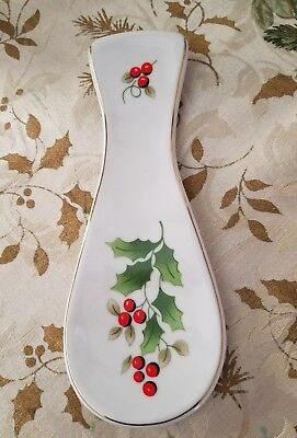 Royal Norfolk Holly and Berries Christmas Spoon Rest