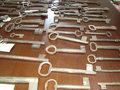 COLLECTION LOT OF 50 IRON KEY 18th Century VINTAGE ORIGINAL CASTLE CHURCH CHEST