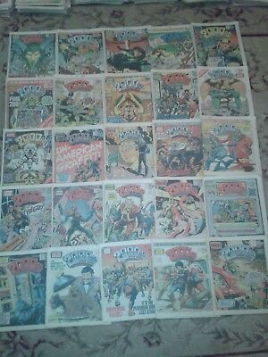 25 x 2000 AD JUDGE DREDD COMICS : PROGS 195 - 219