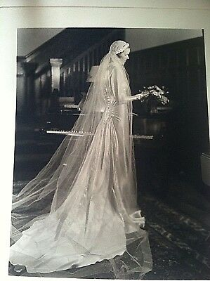 Vintage Antique 1930's Wedding Gown LONG Gardenia Wedding Veil and Orig Photo