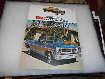 1974 GMC  Pickups Dealer Sales Brochure