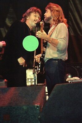 Kris Kristofferson & Jody Payne 4 - 4X6 Color Concert Photo Set #3A