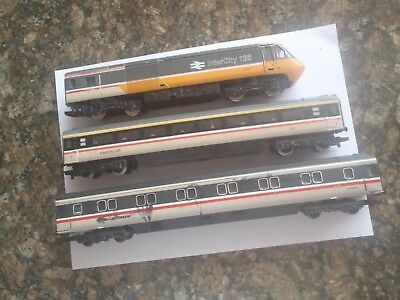 Model Trains Oo Scale 1 Dummy Loco 2 Carriages. Hornby/lima