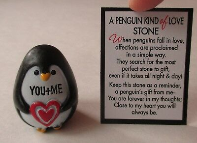 aa You & me A PENGUIN KIND OF LOVE Stone figurine Ganz Valentine's day