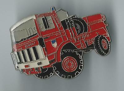 Pin's pompiers véhicule CCF Fire truck badge Fireman Bomberos