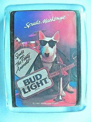 Budweiser Beer Logo Glass Paperweight   Spuds Mackenzie Dog Bud Light + Gift Box