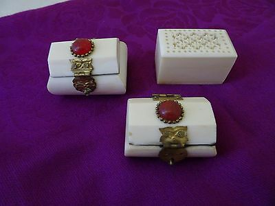 Vintage Lot Of 3 Small Hinged Boxes-Made In India-Looks Like Ivory?-Soapstone?