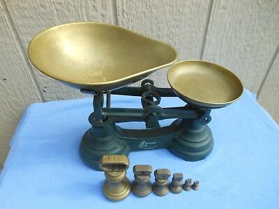 "English Cast Iron ""Librasco"" Scales With Weights Great Decoration For Kitchen"
