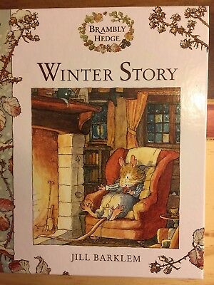 WINTER STORY BRAMBLY HEDGE by Jill Barklem (2000, Picture Book) HARDCOVER AS NEW