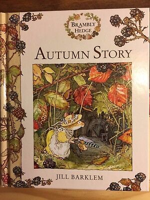 AUTUMN STORY BRAMBLY HEDGE by Jill Barklem (2000, Picture Book) HARDCOVER AS NEW