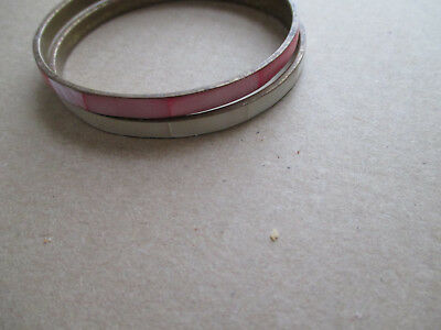 VINTAGE PAIR OF MOTHER OF PEARL & BRASS BANGLE BRACELETS HOT PINK & CREAM 2 ½ in