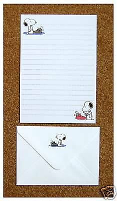 Snoopy Typewriter Letter Writing Paper Stationery Set