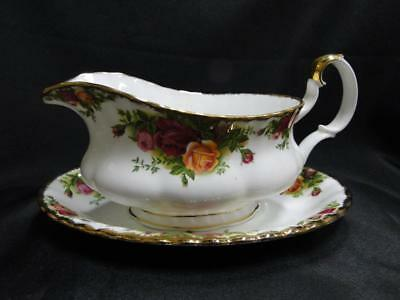 Royal Albert Old Country Roses, England, Yellow, Red: Gravy Boat & Underplate