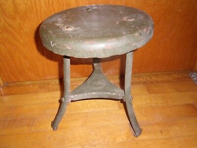 Antique Vintage Metal 3 Leg Milking Stool Farm Barn Rustic Primitive