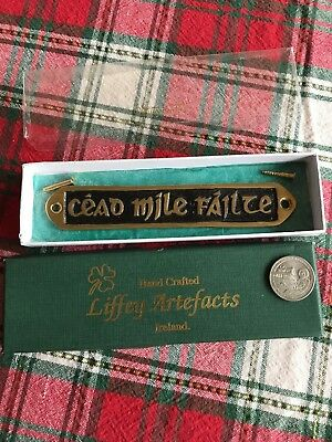"Liffey Artefacts Handctafted Ireland Brass Wall Plaque ""cead Mile Failte"""