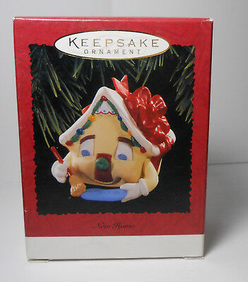 1995 HALLMARK ORNAMENT Whimsical New House Dated on Back