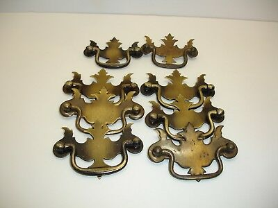 H3 Lot of 8 Brass Toned Early American Style Drawer Pulls or Handles, Vintage