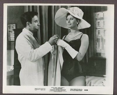 Sophia Loren & Peter Sellers 1960 The Millionaires Original Vintage Photo J5073