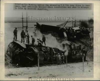 1945 Press Photo US 7th Army Advances in Germany Nazis Sabotage Trains & Cars