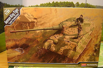 "Academy 1:35 13229 German King Tiger ""Last Production"" ""Neu"""