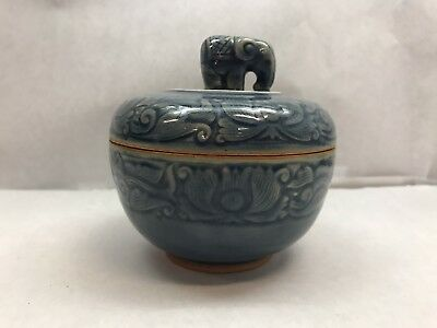Japanese ARITA WARE Bowl JAR with ELEPHANT Lid BLUE Clay POTTERY Ceramic