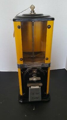 Vintage Gumball Vending Machine W Key Maybe Victor Dime Or Penny 10 1 Cent