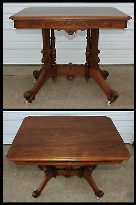 Antique Victorian Burl Walnut Wood Carved Rosettes Pillars Lamp Accent Table