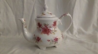 Vintage Arthur Wood England Teapot & Lid Bouquet Pattern Roses and Daisies 5 Cup