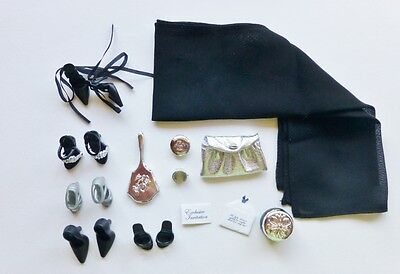 Barbie Black Label Basics Look No 04 Accessories Collection 001 DeBoxed Complete