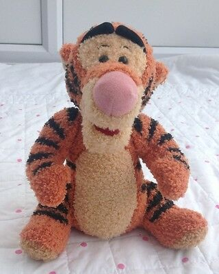 Walt Disney 1998 Mattel Talking Tigger Plush Toy 11 Inches Tall Vintage Lovely